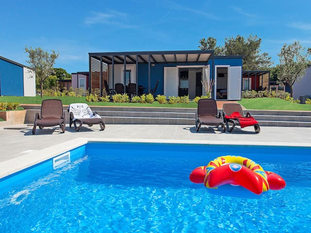 3-room mobile home 32 m² Camping Kastanija for 6 persons