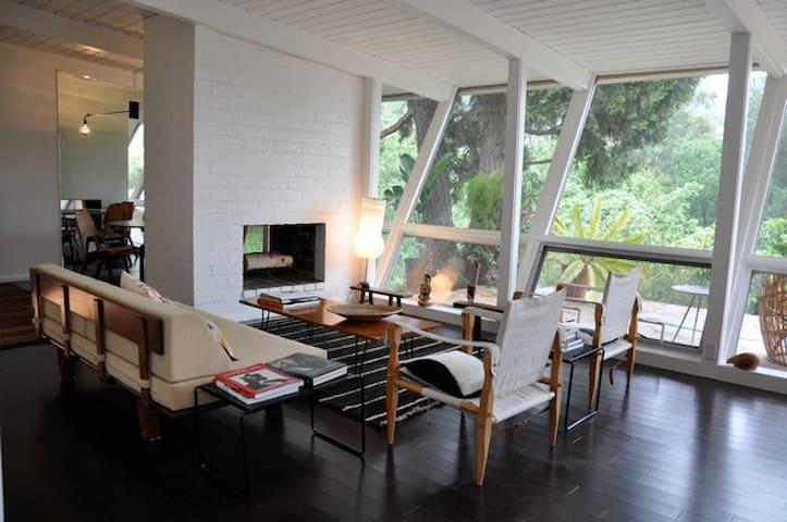 Mid-Century Modern Gem - Los Angeles - Dům