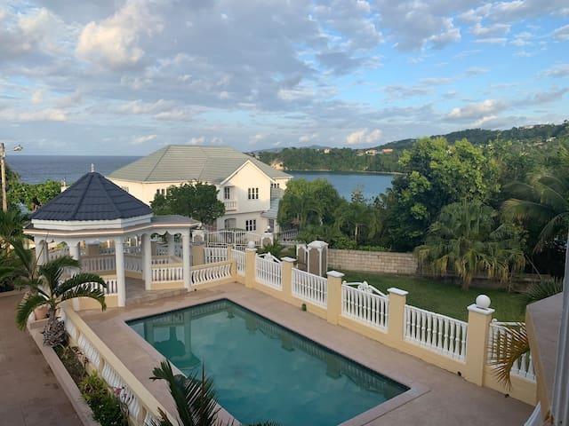 Oceano villa # 1