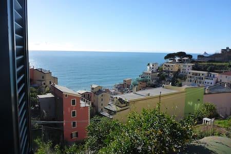 Brio Room with View in Riomaggiore - Riomaggiore