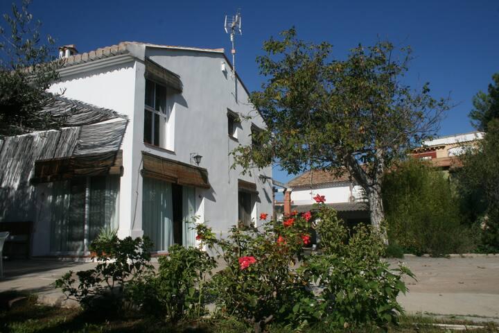 Espadán, family country house near the beach