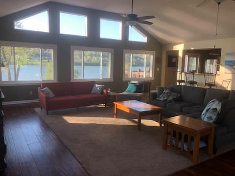Kentucky Riverfront Retreat—July 4th AVAILABLE!!