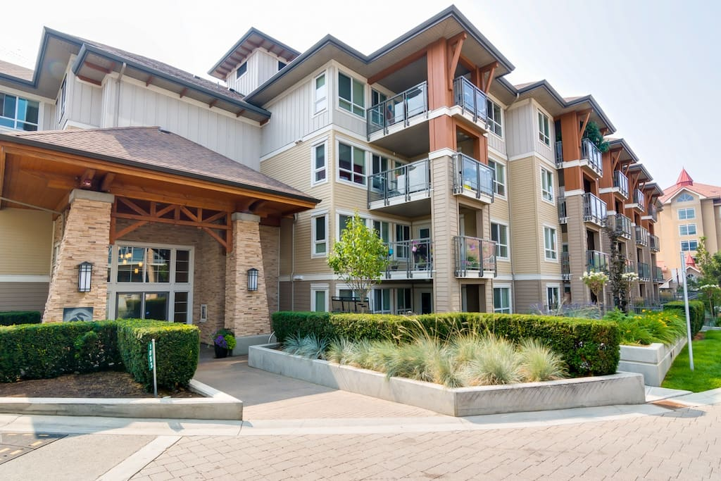 Waterscapes Amenities Entrance