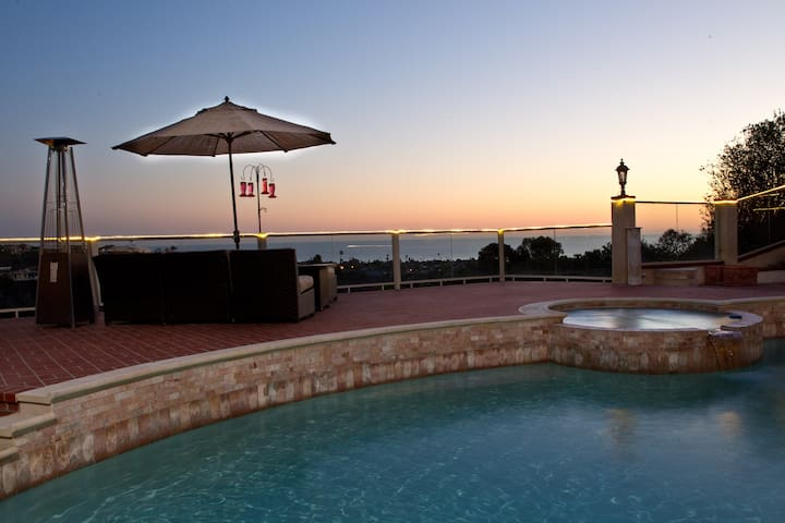 PRIVATE GRAND SUITE WITH PANORAMIC OCEAN VIEWS - San Juan Capistrano