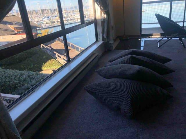 Resort-like Deluxe 1 Bedroom Ocean View