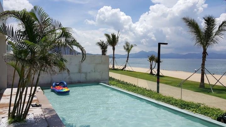 惠州小径湾 轻奢泳池海景别墅,漂浮下午茶,烧烤 k歌出海 烟花 沙滩活动 音乐节
