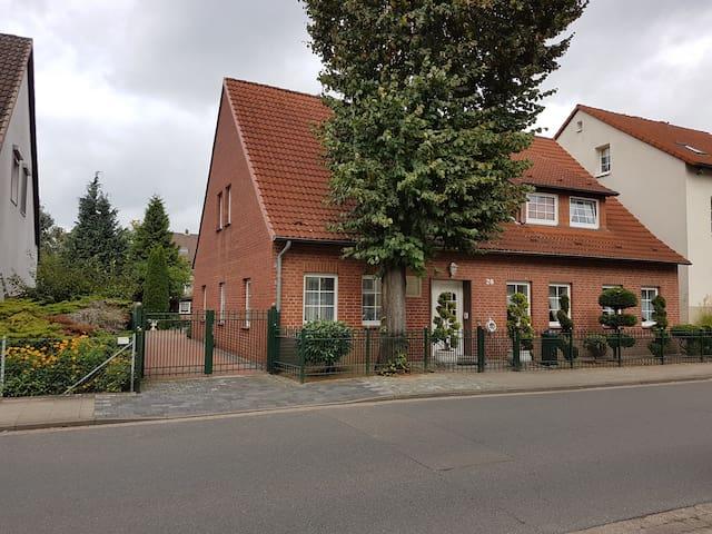 Eigene Wohnung mit Gemeinschaftsküche