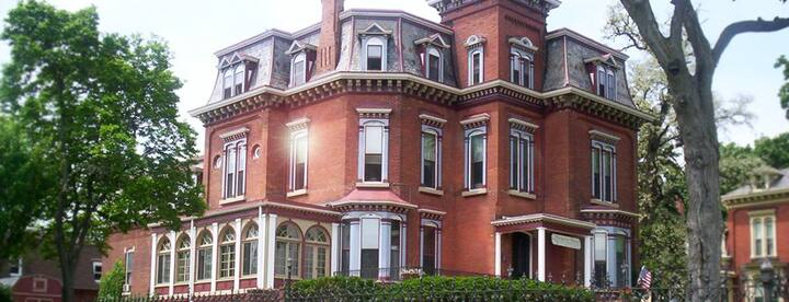 Memories Manor Victorian Mansion