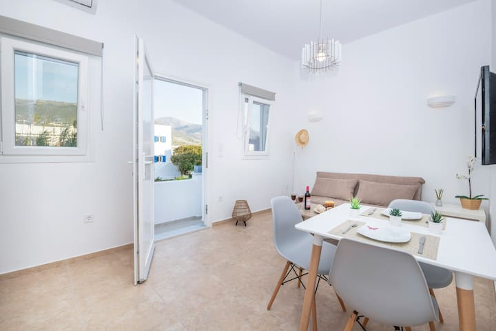 Agia Anna Apartment One in Parikia