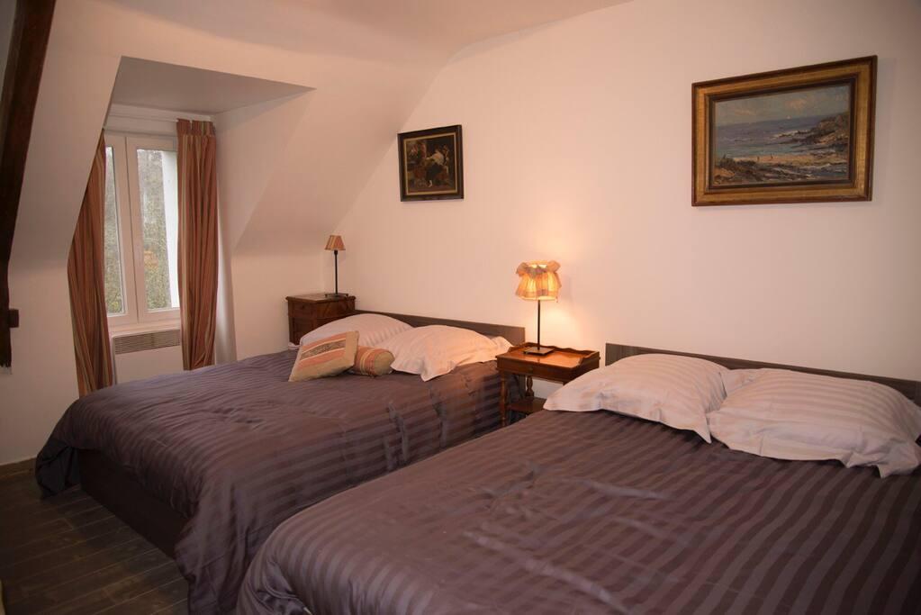 500 m du canal de nantes brest chambres d 39 h tes louer saint martin sur oust bretagne. Black Bedroom Furniture Sets. Home Design Ideas