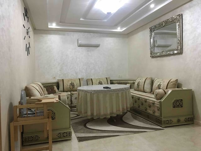 Appartement Anis  Nador Al Jadid + Parking + Wifi