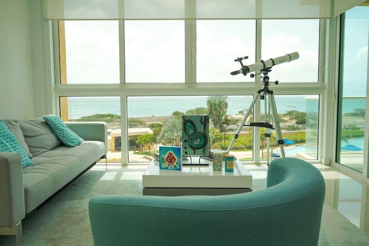 Luxury beach apartment with amazing views