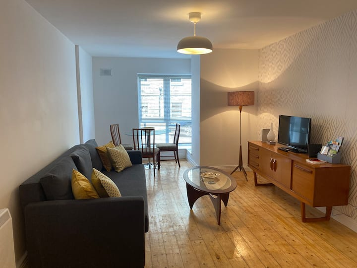 Superb Smithfield 1 Bed