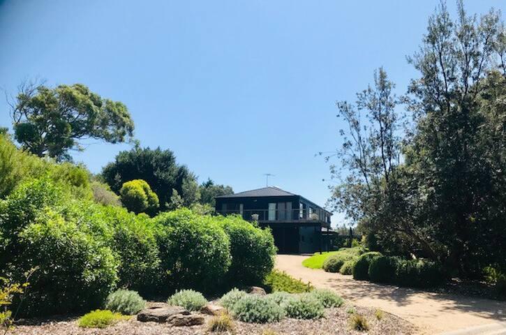 Peaceful, private, retreat in Portsea