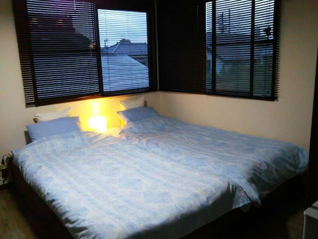 新宿、池袋、渋谷メイン駅近い wifi& pocket-wifi 畳ベッド