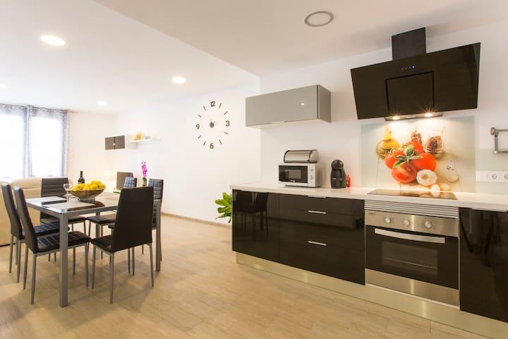 FABULOSO APARTAMENTO  BLAU MARI - S'Illot-Cala Morlanda - Apartment