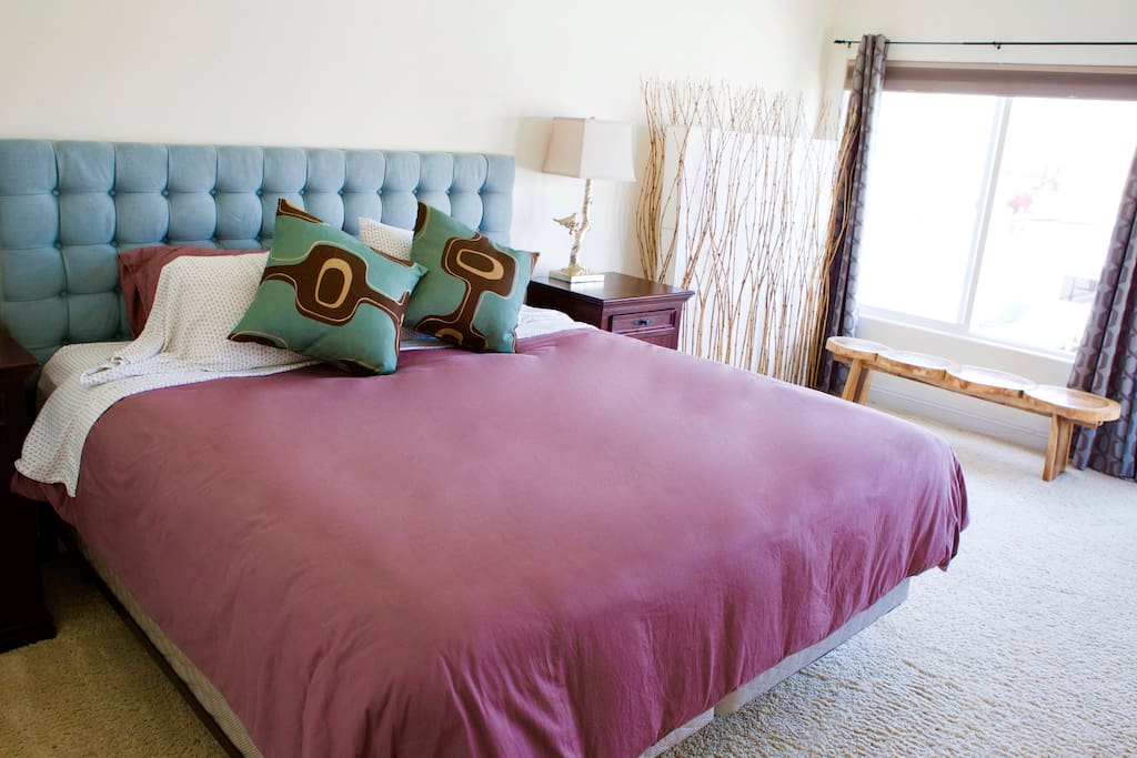 Huge comfy bed for you to relax.