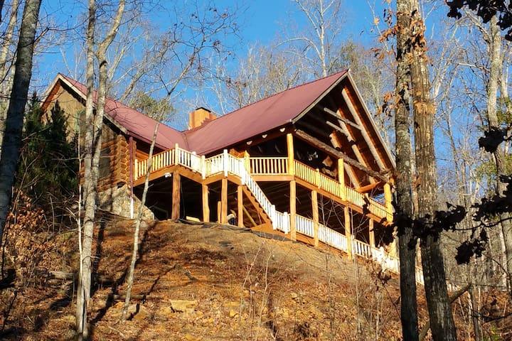 The Lodge at Beasley Mine - Full Log Cabin