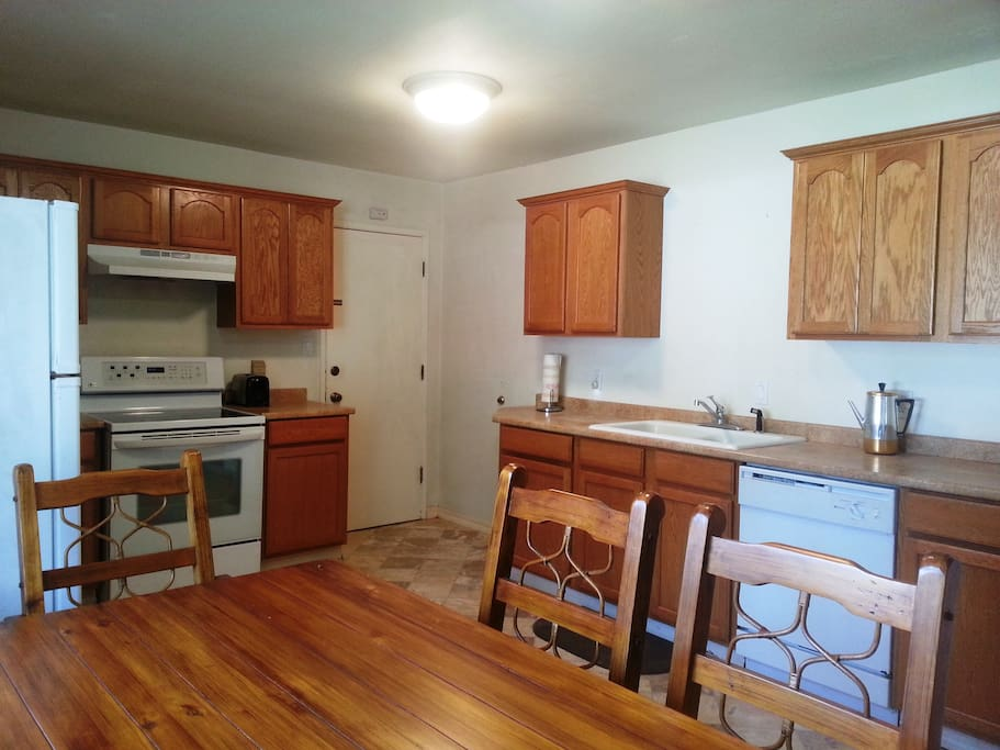 Crescent City Rooms For Rent