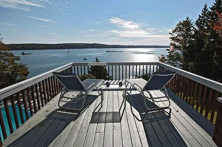 Starboard Cabin - Spectacular Views of Linekin Bay
