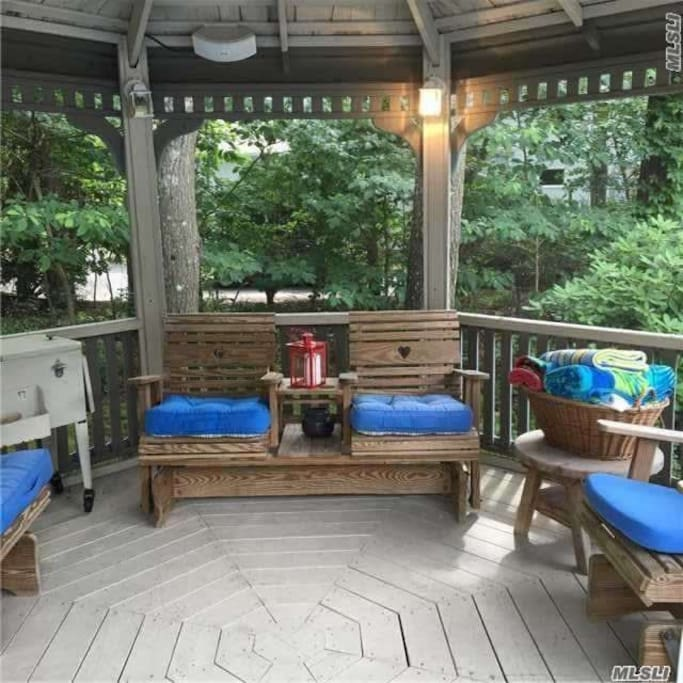 Gazebo sceened in with electric