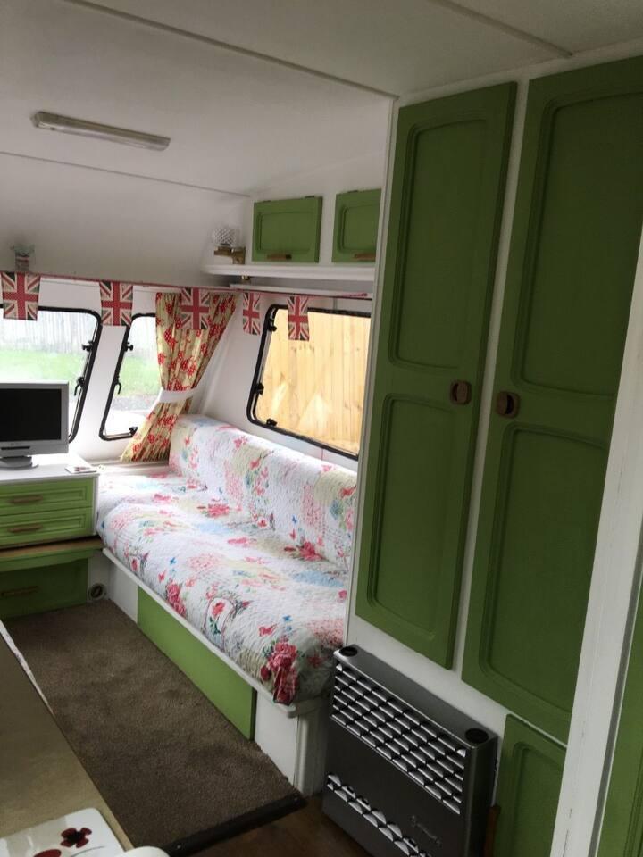 'Ivy-Mae' Vintage Caravan