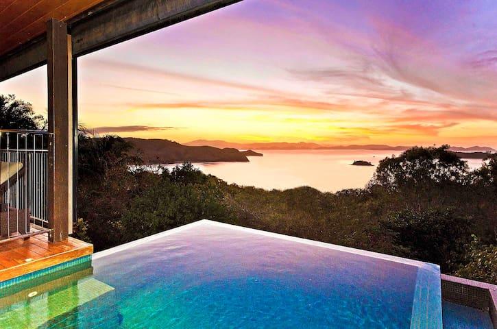 ClearWater House Ocean Views Pool - Hamilton Island - Casa