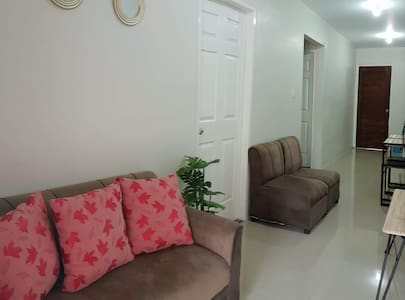 MANGO TRANSIENT HOUSE