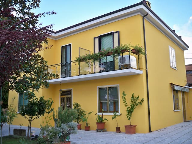 LACAZALA - Ferrara - Apartemen