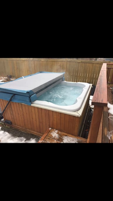 8 person Hot tub which is great for our Calgary winters and who doesn't enjoy a hot tub when you are away from home :)