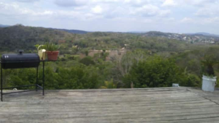 Just 10 mins from San Ignacio town , nice and cozy