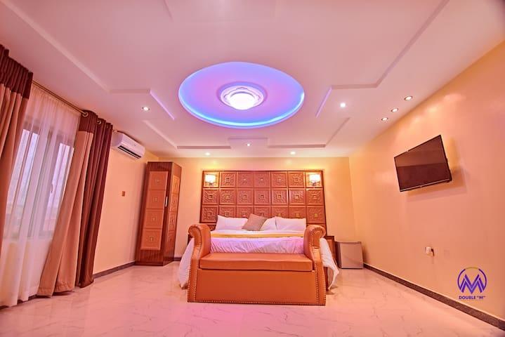 NEW EXQUISITE BOUTIQUE HOTEL WITH POOL-LEKKI LAGOS