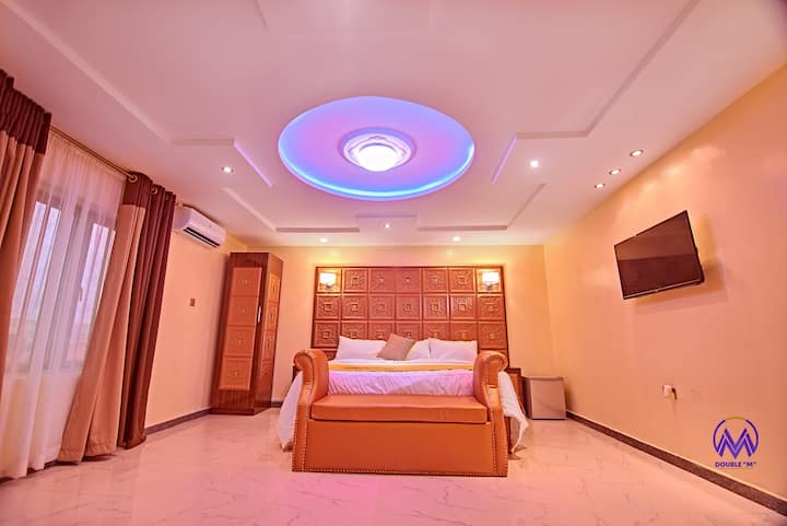 NEW EXQUISITE BOUTIQUE HOTEL WITH POOL-LEKKI LAGOS