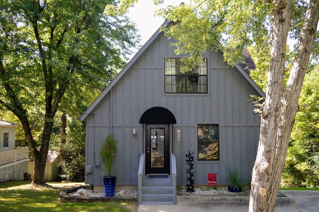 Mt. Sequoyah Home