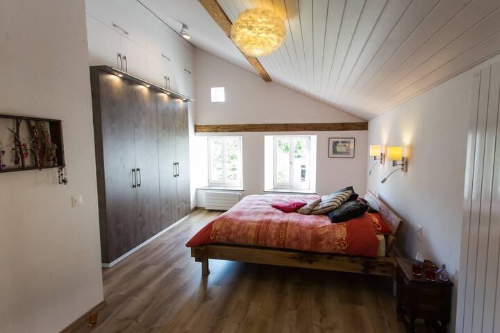 Charmante chambre dans une maison de maître - Font