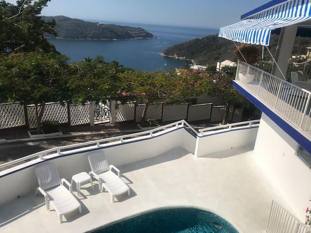 Villa Azul 1 en Lomas del Marqués Diamante