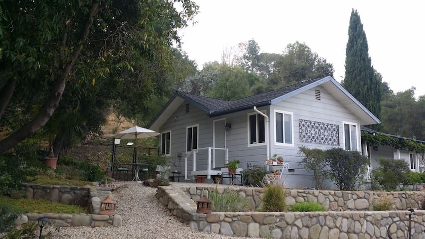 OAK VIEW GUEST HOUSE RETREAT/OJAI - Oak View