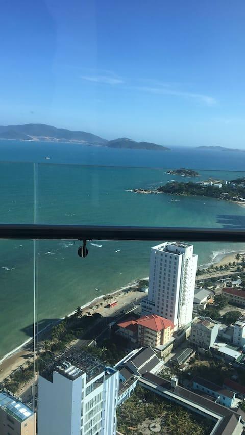 Luxusní apartmán s výhledem na moře - Scenia Bay Nha Trang