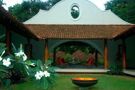3 BHK Portuguese Villa - Loutolim