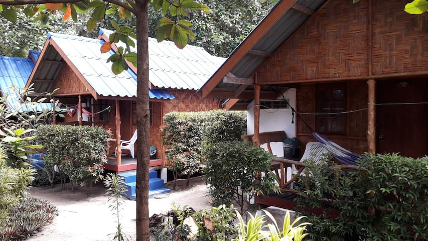 Coco Garden Resort - Fan Bungalow, Twin  Beds
