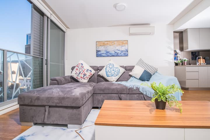 Art inspired 1 Bed Apt in the heart of Sydney