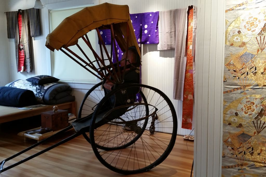 The old rickshaw that belonged to the Ota family.