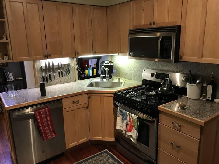 2 BDRM Apartment Sublease 12/1/19-3/31/20