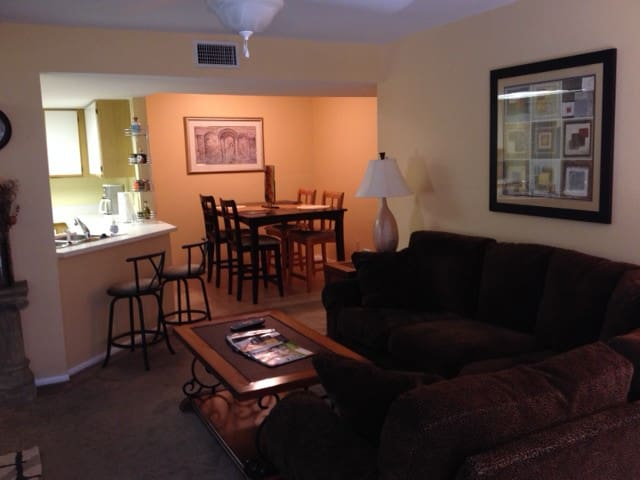 2 Bedroom Condo Estero FL - Estero - Apartment