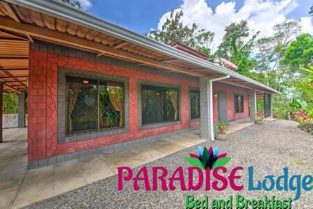 Experience Paradise Near La Fortuna+RELOCATION 101