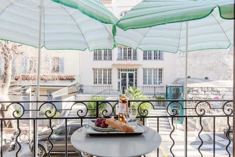 Balcon le plus mignon sur marché provençal, FIBRE*