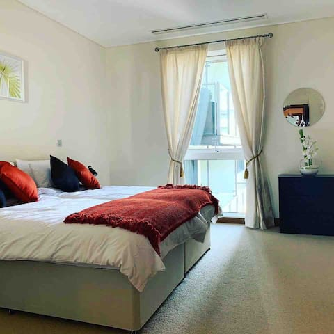 2nd bedroom - can be double or twin beds