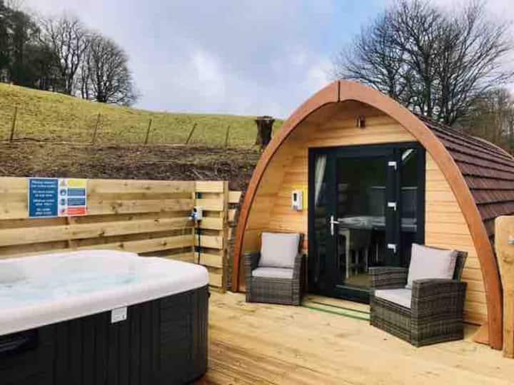 Sun Rise Luxury Pod + 2 person electric hot tub