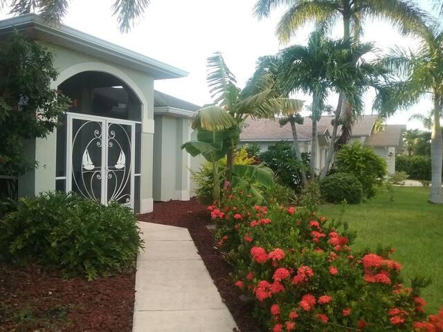 Gorgeous Florida Private Pool Paradise