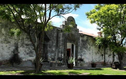 Hacienda la Cofradía de los Neria y Romero